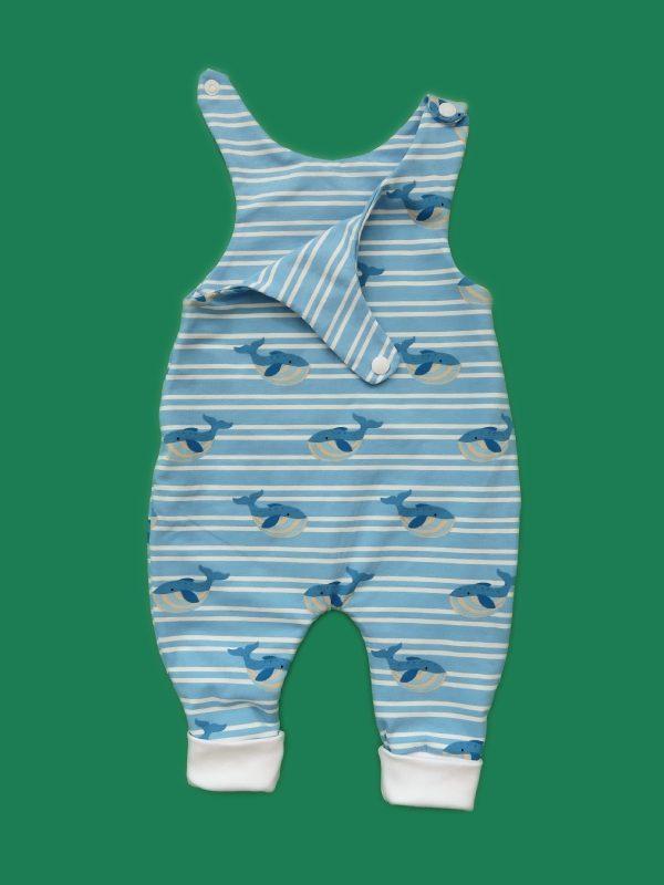 Strampler mit Blauwalen